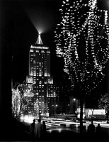 Palmolive Building and Michigan Avenue at night (HB-23948-A)
